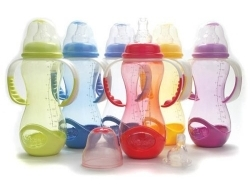 Pick The Right Baby Bottle Which Do Not Contain Toxic Substances!
