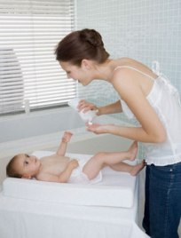 Choose Baby Lotions With Natural Ingredients For Moisturizing Skin Of Your Babies!