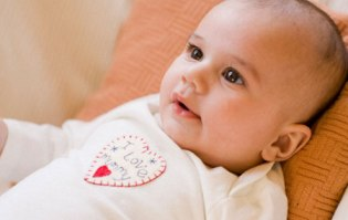 Infant Development-Know The Changing Milestones From Birth To Three Months!