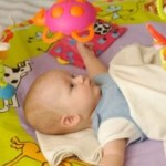 Newborn Baby Games To Stimulate The Development Of Your New Infant!